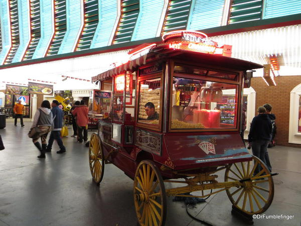 Downtown Vegas -- popcorn cart