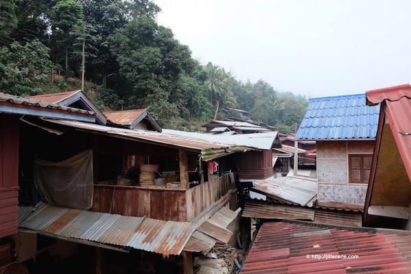 15). Houses, Muang Khua