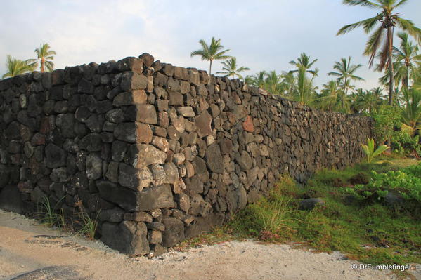 Lava rock wall, Pu`uhonua O Hōnaunau National Historical Park
