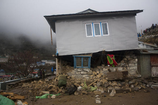 Building Damaged by Earthquake in Namche Bazaar. Courtesy Wikimedia and Niklassletteland