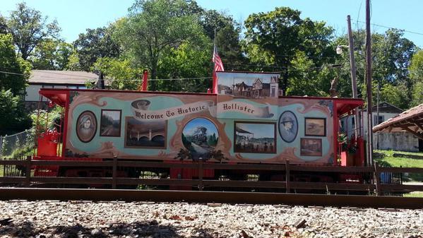 Hollister Train