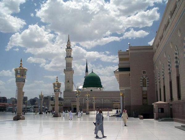Medina mosque, courtesy Noumenon and Wikimedia