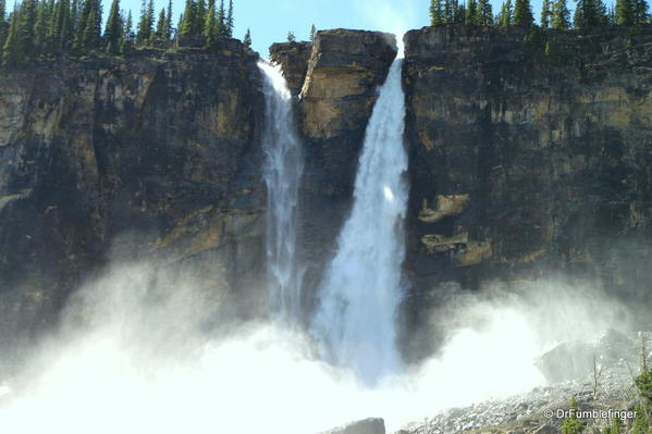 Yoho Valley -- the mist of Twin Falls