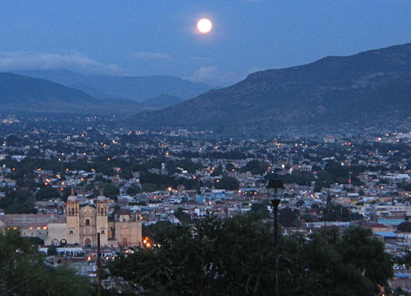 Oaxaca_at_night