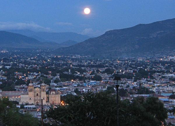 Oaxaca_at_night