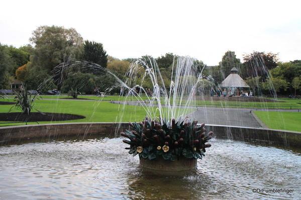St. Stephen's Green, Dublin. Fountain