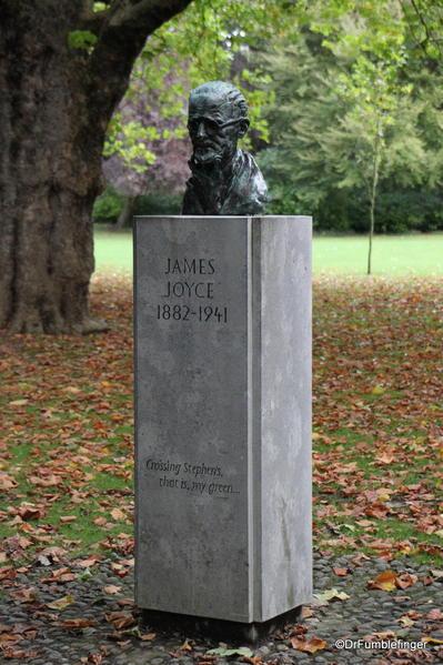 St. Stephen's Green, Dublin. James Joyce memorial