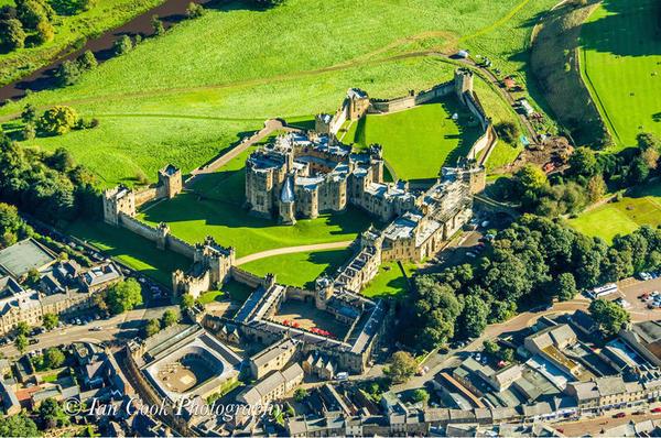 Photo 03-11-2015, 14 14 24 Alnwick Castle aerial