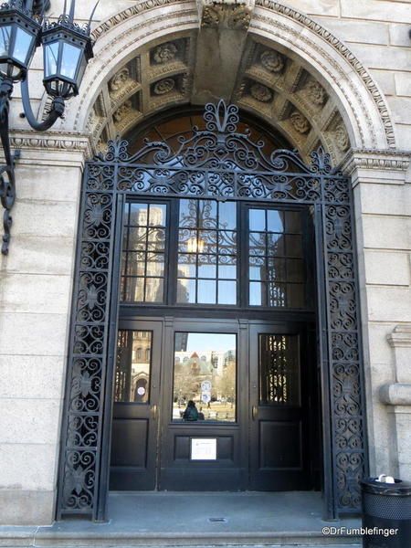 02 Boston Public Library entrance