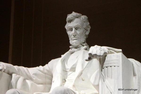 Washington 287 Lincoln Memorial at night