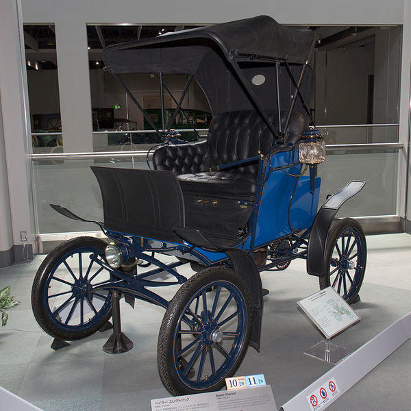 Baker_Electric_(1902)_front-left_Toyota_Automobile_Museum Morio