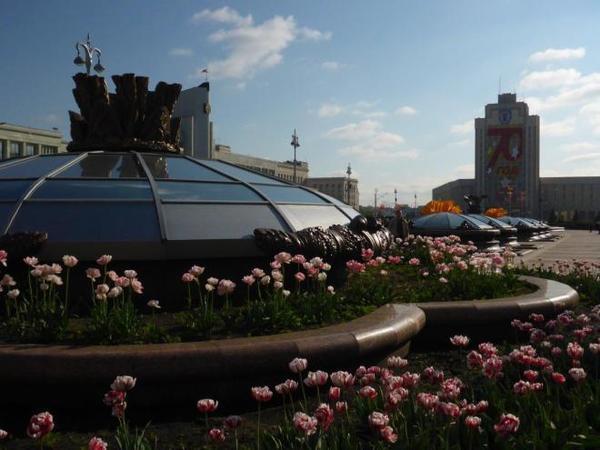 23 independence-square-minsk-belarus