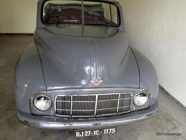 1959 Morris Minor 1000 Tracer (1)