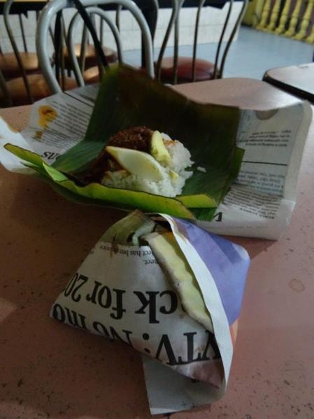 12 rice-in-palm-leaf-food-tour-in-kuala-lumpur-malaysia