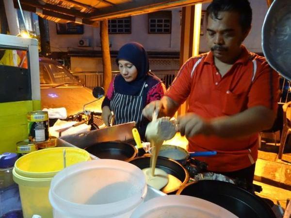 13 pancakes-in-the-making-food-tour-in-kuala-lumpur-malaysia