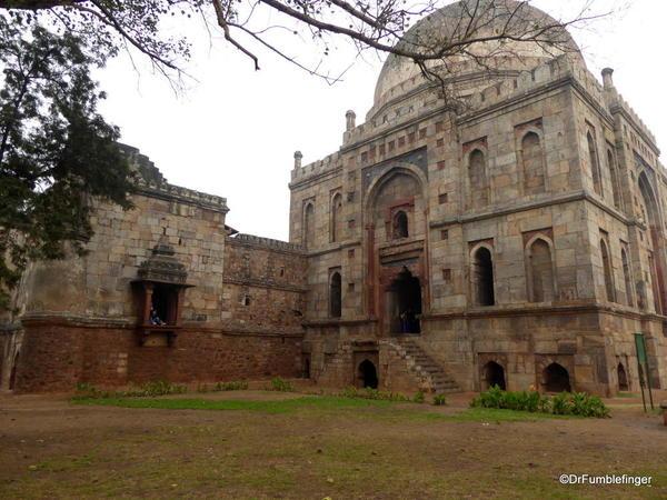 09 Lodhi Gardens, Bara Gumbad Tomb. Delhi 02-2016