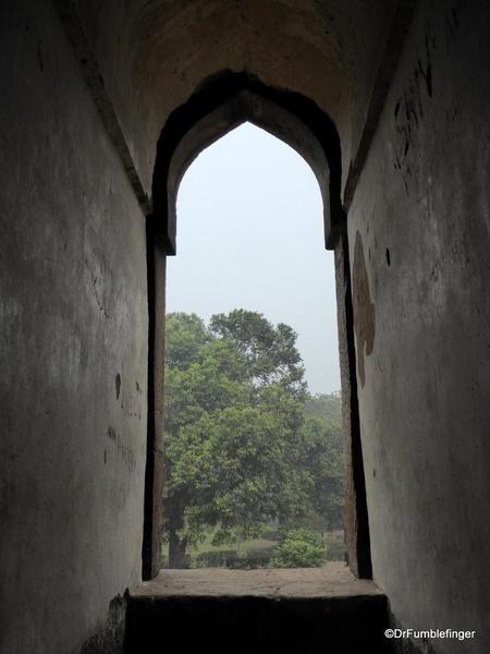 39 Lodhi Gardens, Bara Shish Gumbad. Delhi 02-2016
