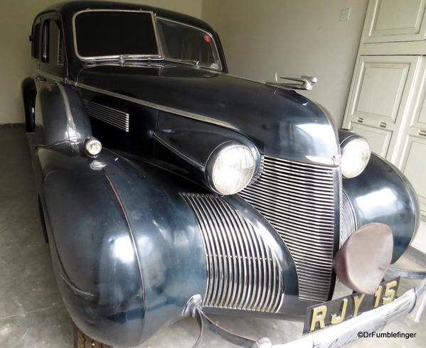 1938 Cadillac 7 Seater Sedan by Fleetwood (1)