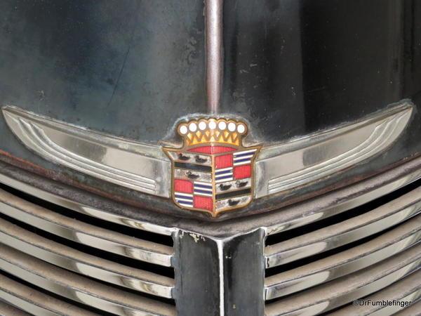 1938 Cadillac 7 Seater Sedan by Fleetwood (4)