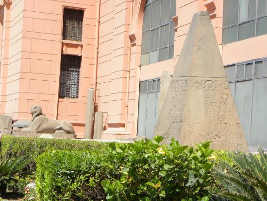 Museo_Egizio_Outside2