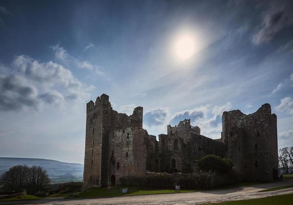 Castle sun 1