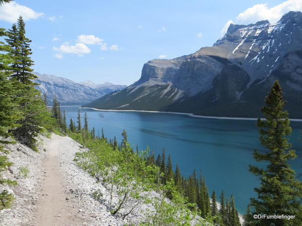 04 Lake Minnewanka Hike (17)