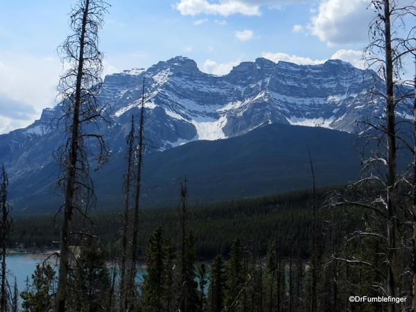 04 Lake Minnewanka Hike (20)