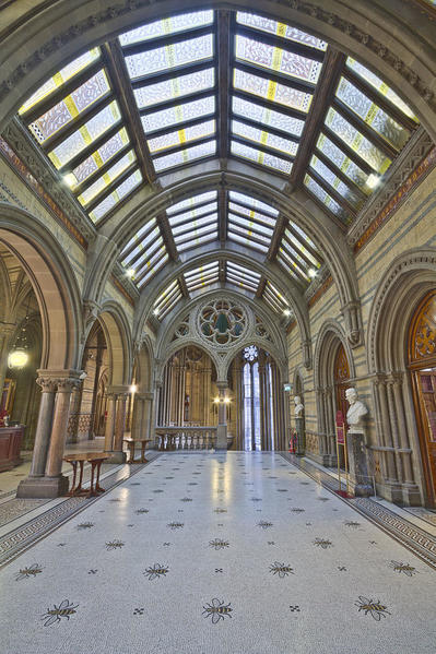 Manchester_City_Hall_Great_Hall_Foyer MichaelDBeckwith