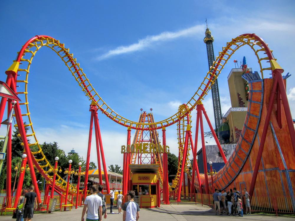 a visit to amusement park Over 20 years of research, there was an average of 4,423 injuries per year of children under the age of 18 on amusement park rides learn more here.