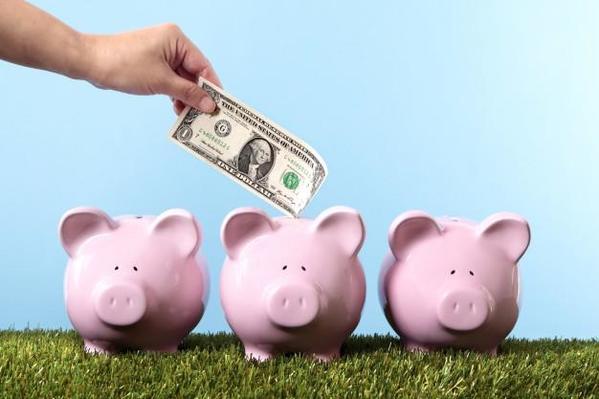 save-money piggys