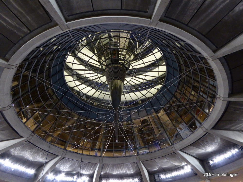 A visit to berlin39s reichstag where gumbo was 186 for Cupola ventilation