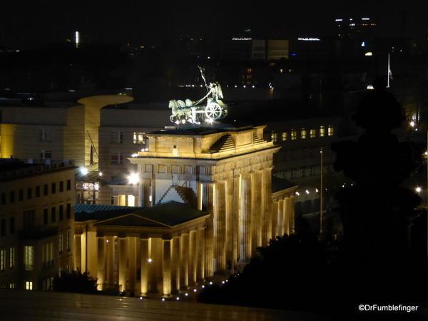 22 Reichstag view of Brandenburg Gate