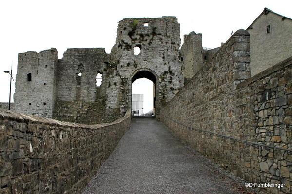 01 Trim Castle