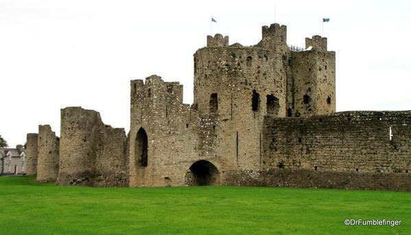02c Trim Castle