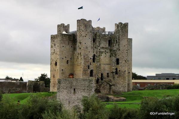 06 Trim Castle