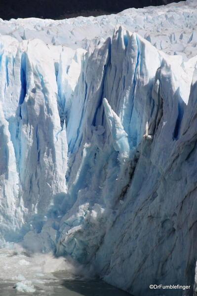 Argentina, Perito Merino Glacier, calving 155 (3)