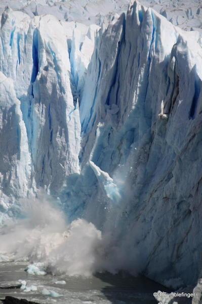 Argentina, Perito Merino Glacier, calving 155 (9)