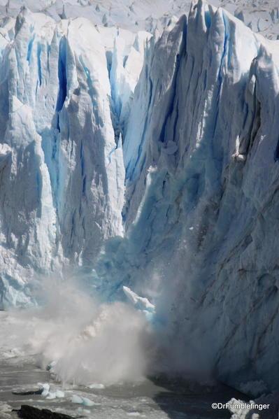 Argentina, Perito Merino Glacier, calving 155 (11)
