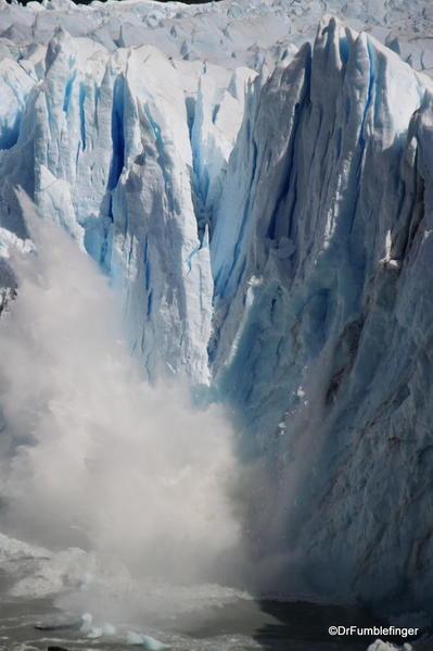 Argentina, Perito Merino Glacier, calving 155 (16)