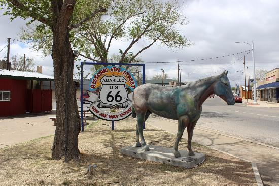 Amarillo Sign 2