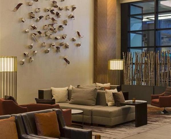 Grand-Hyatt-Lobby2