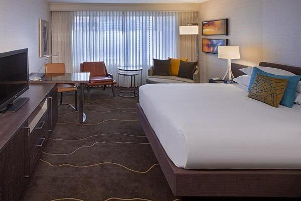 Grand Hyatt - Room