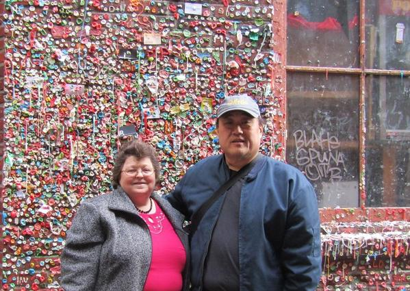 gum wall - us2