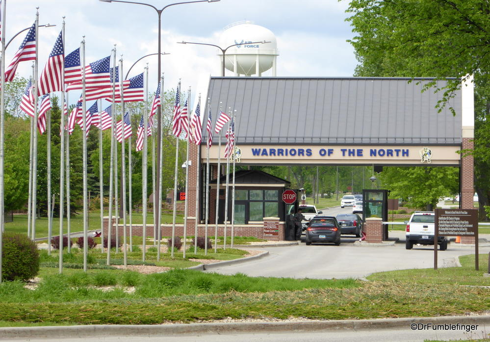 grand forks afb At grand forks afb homes, our primary focus is the satisfaction and well-being of our nation's military members and their families we work hard to provide safe, quality homes and are proud of our professional and skillful on.