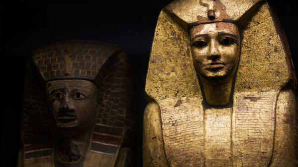 egyptian-mummy-in-museum