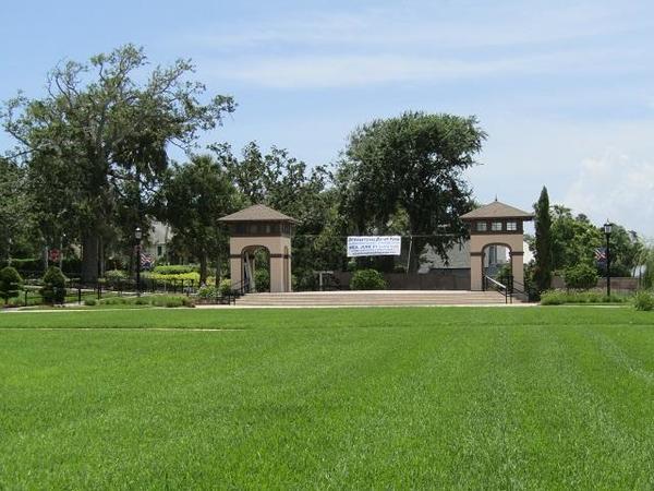 Rockefeller-Garden-7