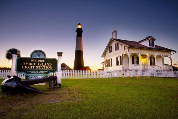 12-SMALL- Tybee Island Light House Savannah's Beach (1)