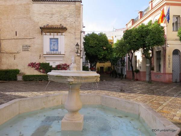 An Evening walk in Santa Cruz, Seville (21)