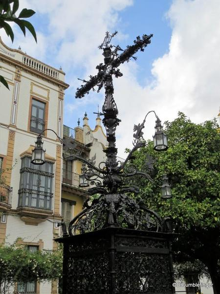 An Evening walk in Santa Cruz, Seville (86)
