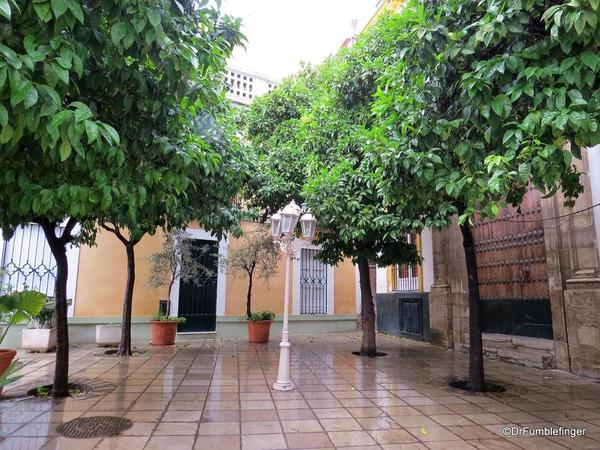 An Evening walk in Santa Cruz, Seville (94)